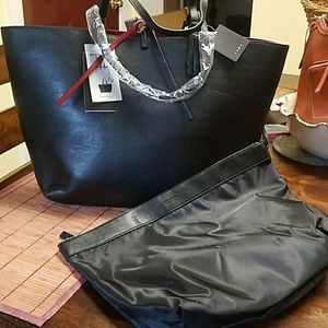 Bnwt reversible zara tote with detachable zippered
